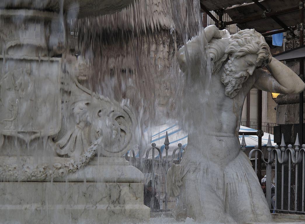 Comer en Sicilia (6) . Ristorante Antica Marina y el Mercado del Pescado, Catania